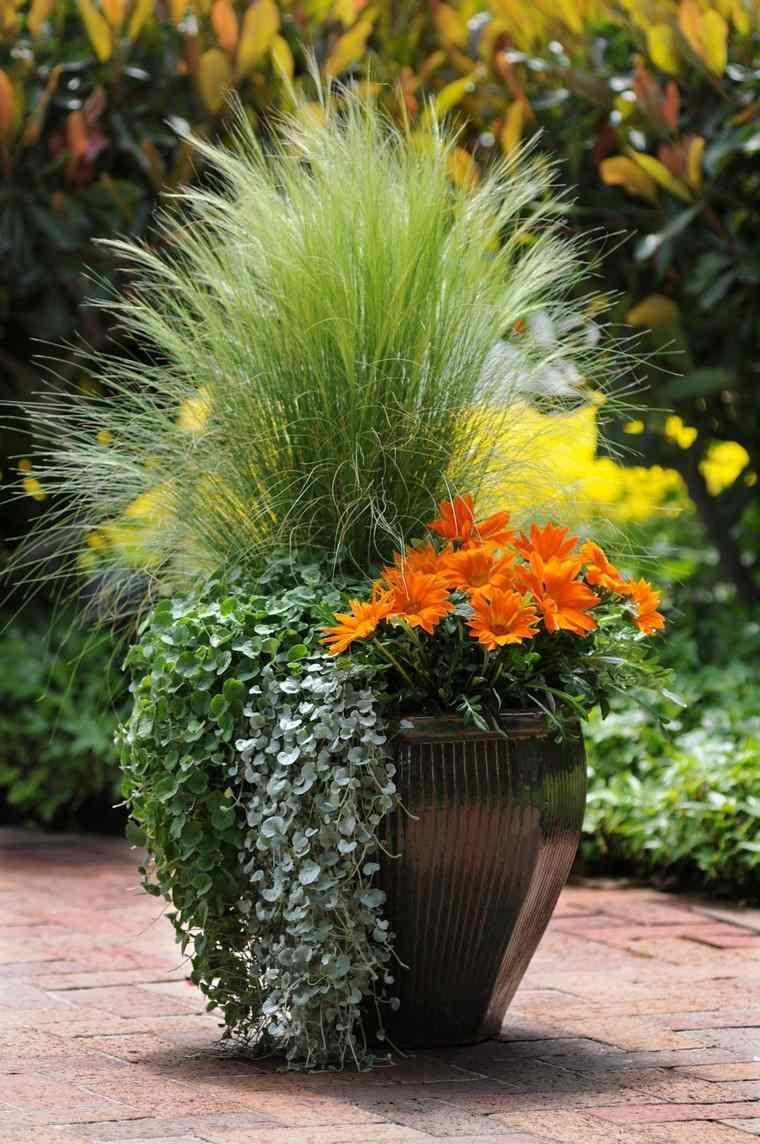 Grand Pot De Fleurs : Sélection Spéciale De Plus De 50 Modèles concernant Grand Pot Pour Jardin