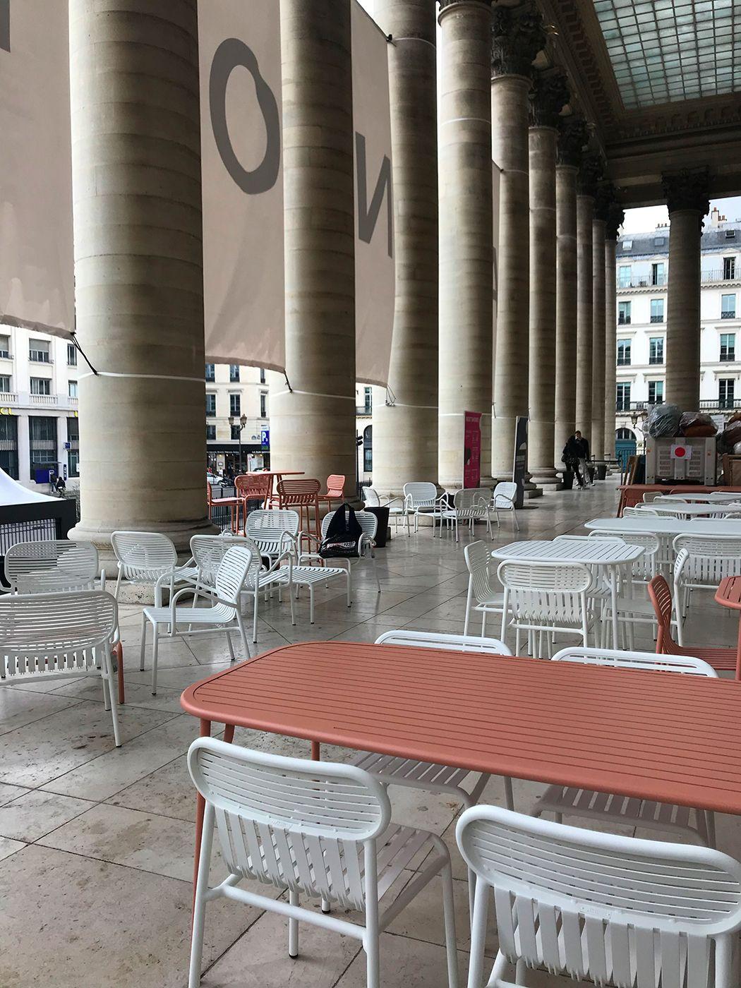 Grande Table De Jardin Design - Livraison Offerte - Petite ... intérieur Petite Table De Salon De Jardin