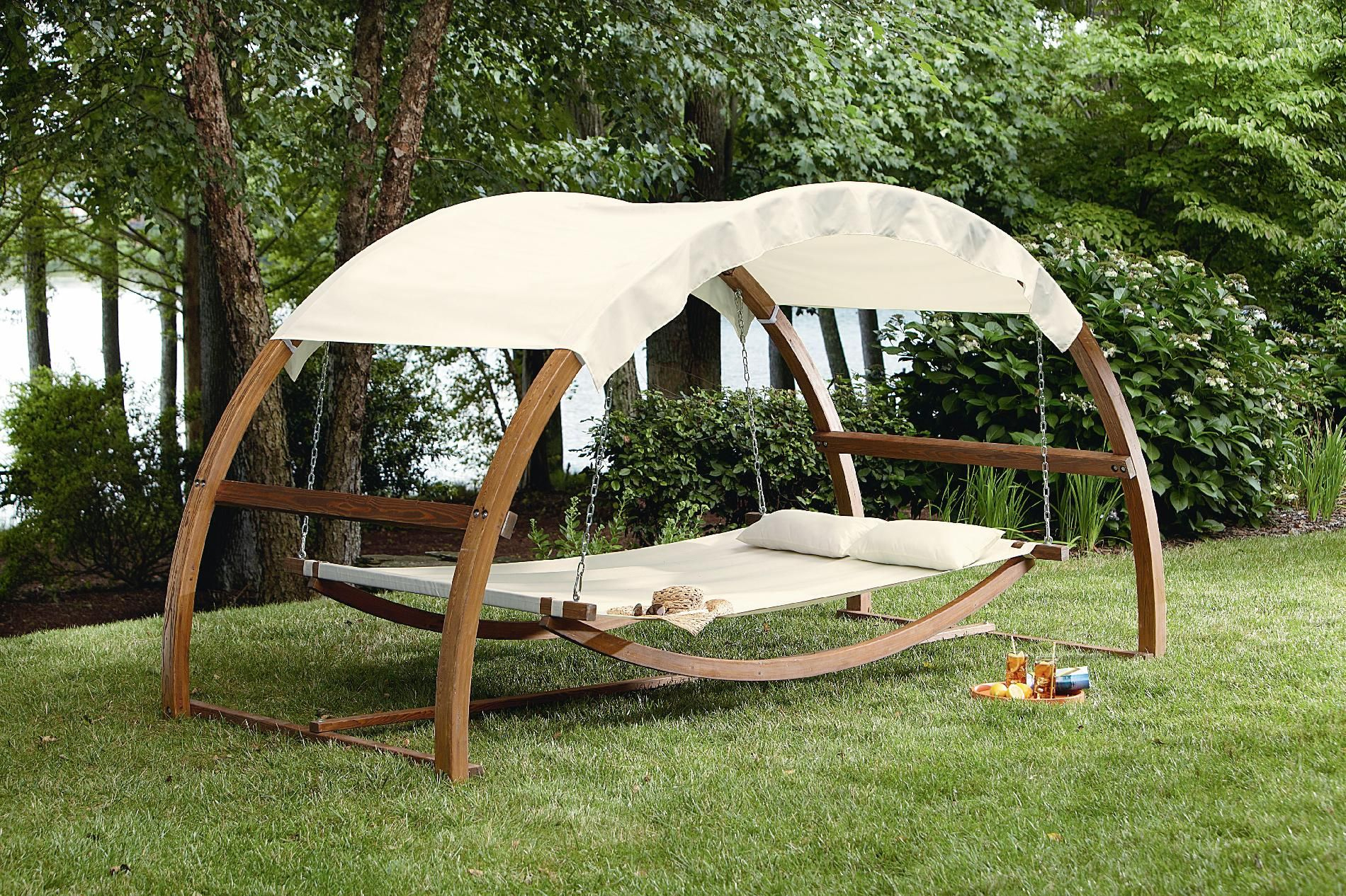 I Would Never Come In The House!! Garden Oasis Arch Swing ... tout Balancelle Lit De Jardin