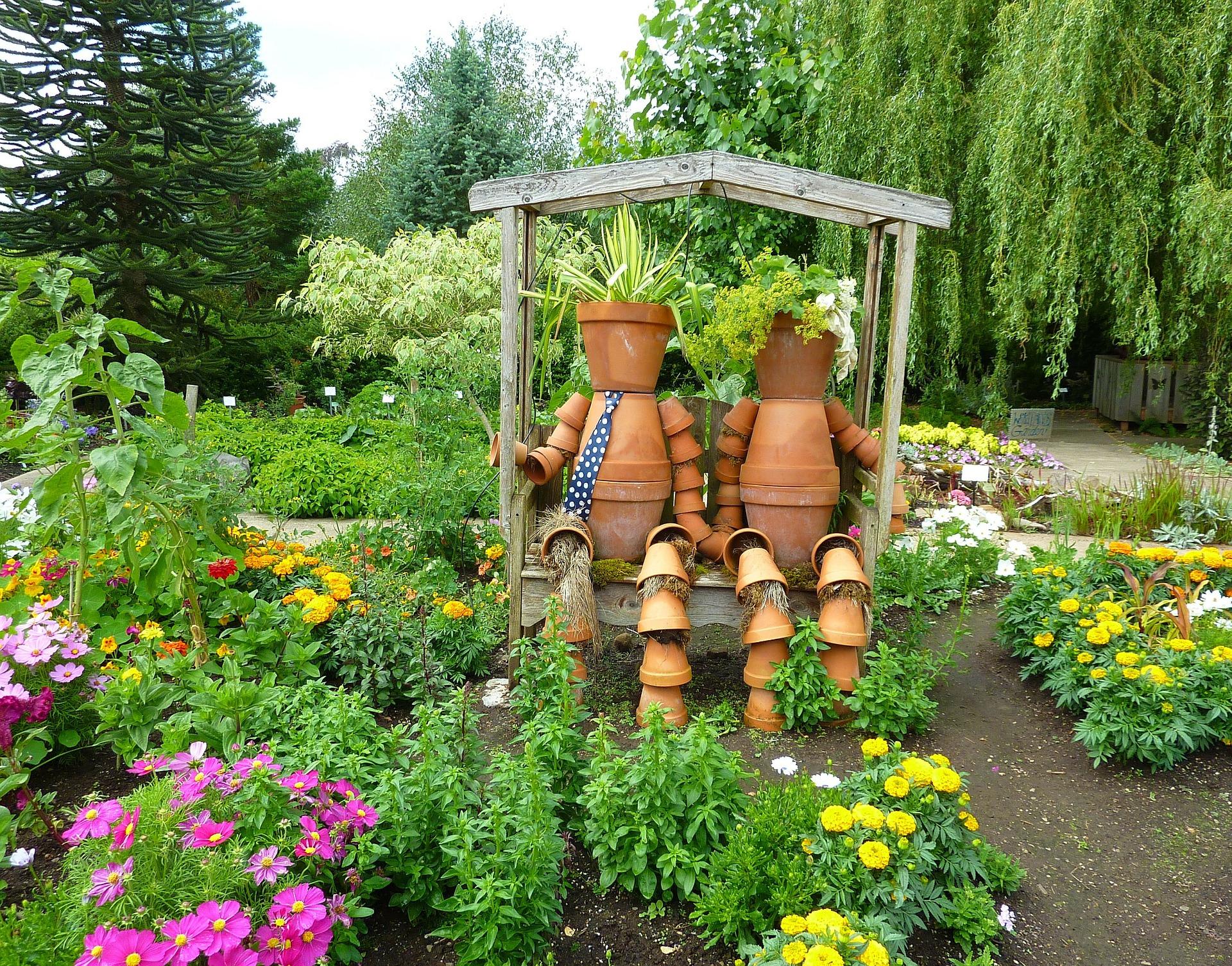 Idées Cadeaux Utiles Pour Le Jardin • Top-Idées, Le Top Des ... destiné Cadeau Jardin