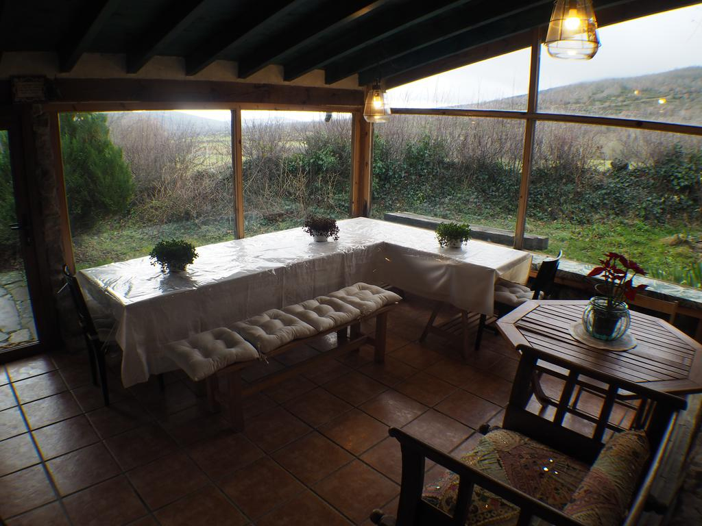 "Jardín Mandala, Casa Rural ""los Otoños"" (İspanya Valberzoso ... dedans Table Jardin Casa"