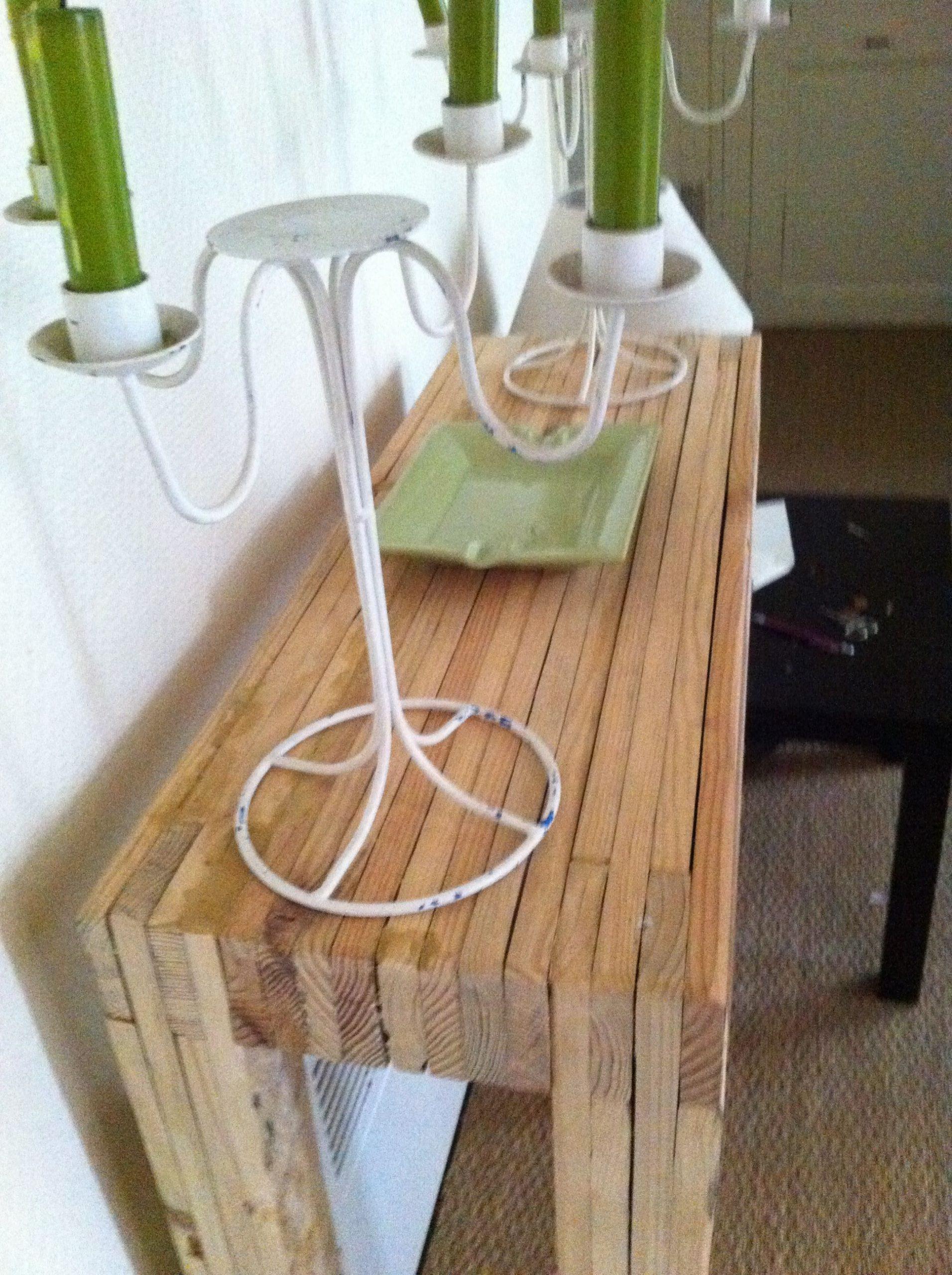 La Petite Console   Mobilier De Salon, Deco Ameublement Et ... encequiconcerne Petite Table De Salon De Jardin