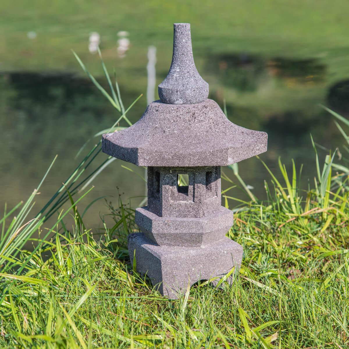 Lampe Japonaise Toro Jardin Zen En Pierre De Lave 50Cm destiné Lanterne Japonaise De Jardin