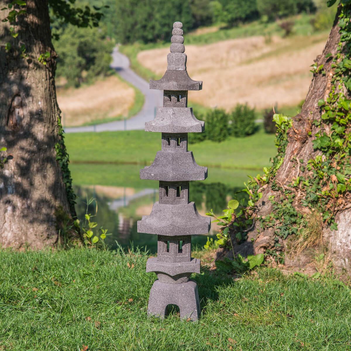 Lanterne Japonaise Pagode En Pierre De Lave 1.30 M serapportantà Lanterne Japonaise De Jardin
