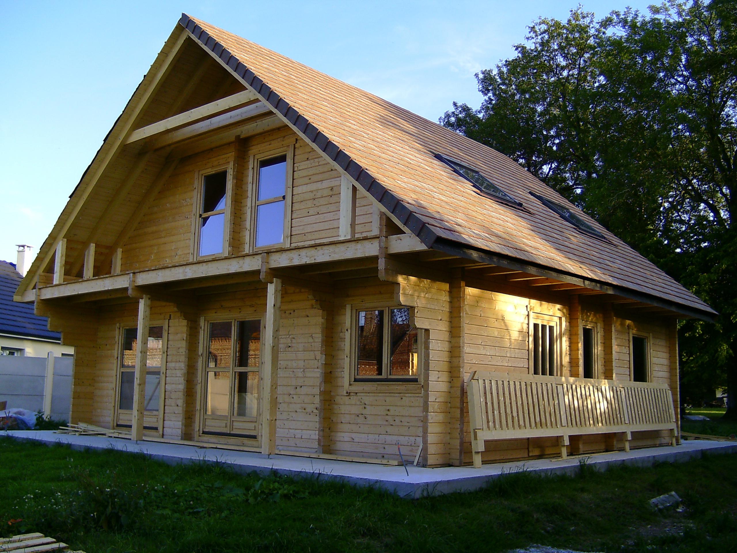 Maison En Bois Kit - Le Meilleur Des Maisons Bois En Kit 2020 à Chalet Bois Kit Habitable Pas Cher