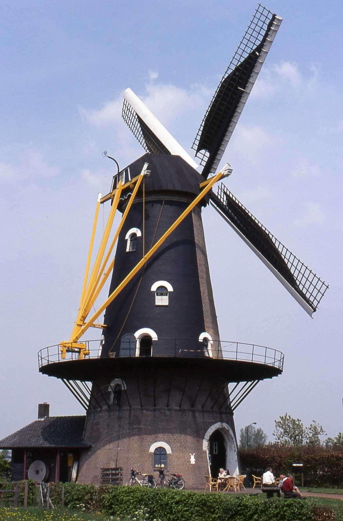 Oisterwijk (N-B) - Onvermoeid | Moulin À Vent, Moulin A Eau ... dedans Moulins À Vent De Jardin
