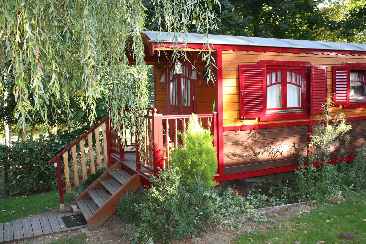 Orman Evi La Gypsy Caravan (Fransa Rivière) - Booking dedans Petite Table De Salon De Jardin