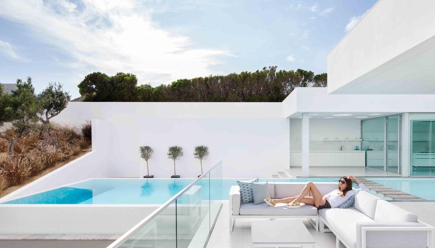 Salon De Jardin Design Luxe Plus Fantaisie Emejing Salon De ... à Mobilier De Jardin Design De Luxe