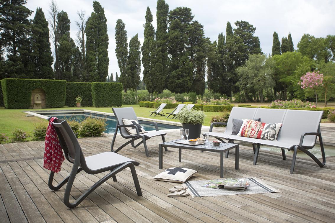 Salon De Jardin Sunset | Grosfillex destiné Salon De Jardin Grosfillex