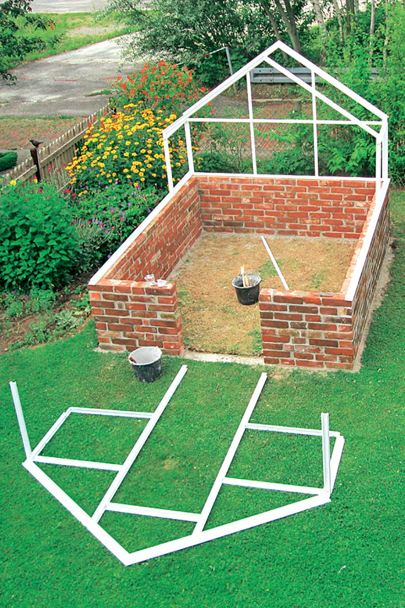 Serre De Jardin : Comment Fabriquer Une Serre De Jardin ... pour Construire Une Serre De Jardin