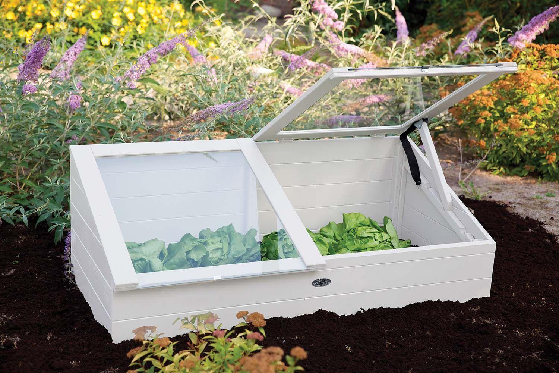 Serre De Jardin : Comment La Construire Soi-Même ... intérieur Construire Une Serre De Jardin