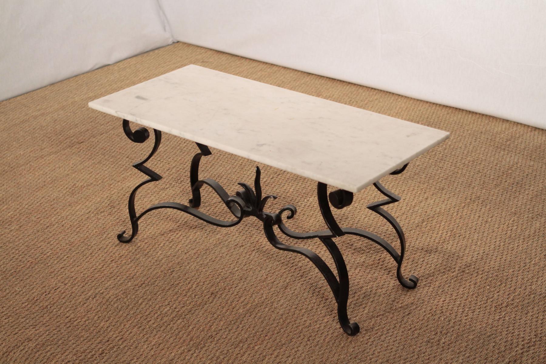 Table De Salle À Manger En Marbre Et En Fer Forgé 1 | Table ... concernant Table Jardin Marbre Fer Forgé