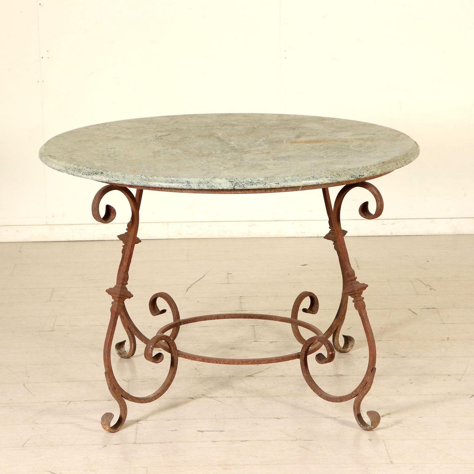 Table Et 4 Chaises Fer Forgé Marbre Italie Xxeme Siècle ... concernant Table Jardin Marbre Fer Forgé