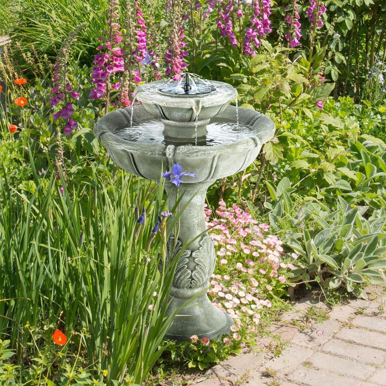 Une Jolie Fontaine Solaire Pour Jardin Zen En Extérieur ... serapportantà Fontaine De Jardin Solaire